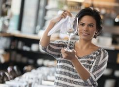 Glaskorrosion entfernen und vermeiden